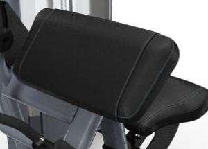 Lapsúlyos bicepszgép – Ferde kartámasz